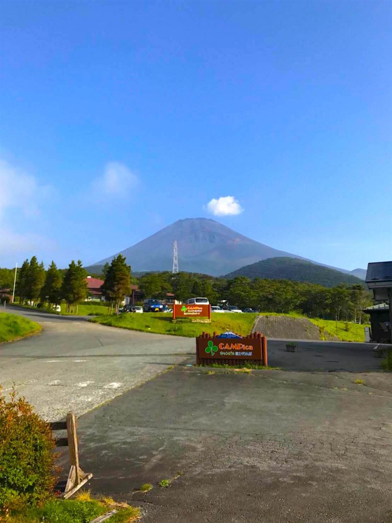 PICAぐりんぱキャンプ場富士山