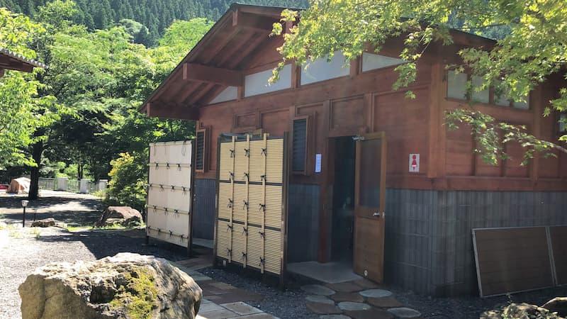 神庭オートキャンプ場トイレ