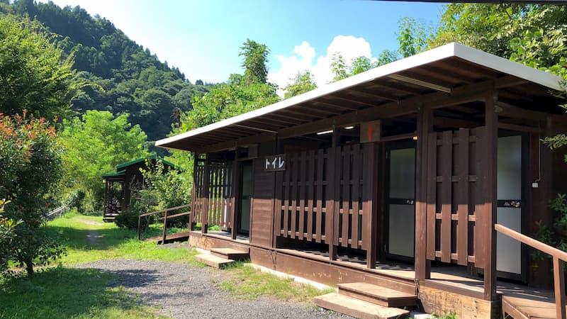 巴川オートキャンプ場トイレ
